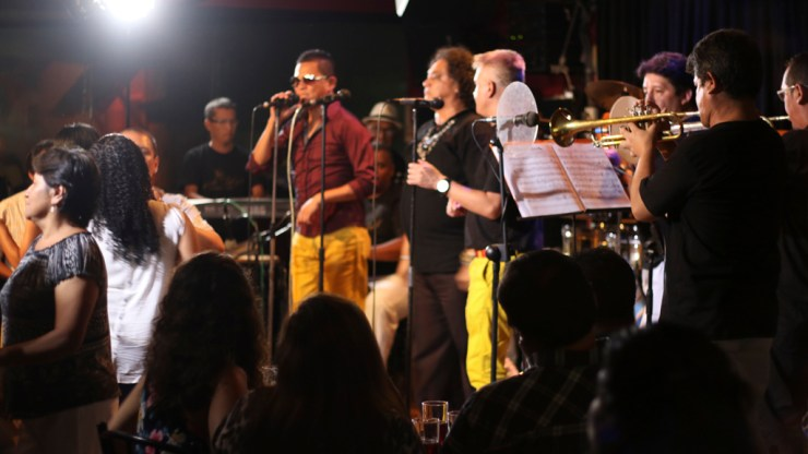 Fuera de foco. Así se siente el cantante chalaco luego que no se presentara en el concierto de Los Hermanos Moreno. (Foto: Antonio Alvarez F./Salserísimo Perú)