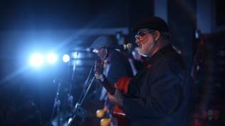 El clásico Échale salsita puso a bailar al auditorio completo. Aquí, Dagoberto Sacerio, a voz y guitarra. (Foto: Salserísimo Perú)