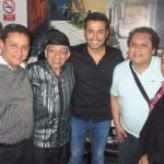 El talento de César Correa en el piano de la Sonora del Mocho Bustamante