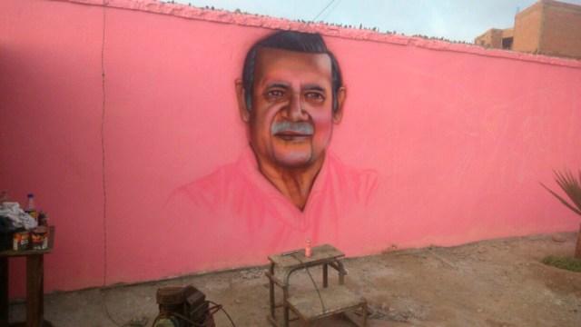 Tupay es el artista que está a cargo de los murales. (Foto:  Johnny Peña)