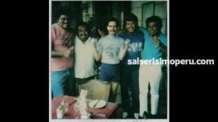Jorginio Mendoza, vocalista del Combo Espectáculo Creación, y unos colegas músicos compartieron gratos momentos con Frankie en el Gran Hotel Bolívar (Foto: Cortesía Óscar Mendoza)