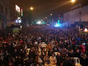 Miles de personas se dieron cita para apreciar el concierto. (Foto: Facebook/Zaperoko)