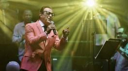 A Ismael se le notó gozando mientras cantaba en el showBobby Cruz y Richie Ray destacaron, como siempre, con su repertorio. (Foto: Facebook/IsidroInfanteII)