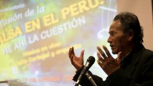 Oswaldo 'Mita' Barreto, emocionado, agradeció el gesto de los organizadores. (Foto: Antonio Alvarez F./Salserísimo Perú)
