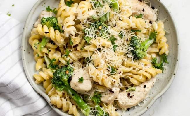One Pot Chicken And Broccoli Pasta Salt Lavender