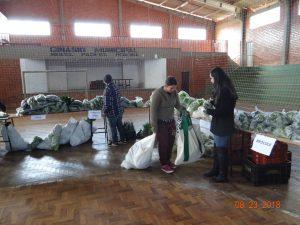 40297141_1105514439602375_7080202352791126016_n-300x225 Mais uma entrega de alimentos pelo Programa de Aquisição de Alimentos-PAA