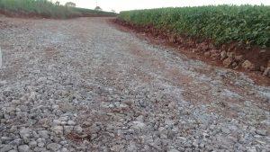53541031_338746696767773_8916020771243950080_n-300x169 Recuperação das estradas no interior são prioridades para o escoamento da safra de soja.