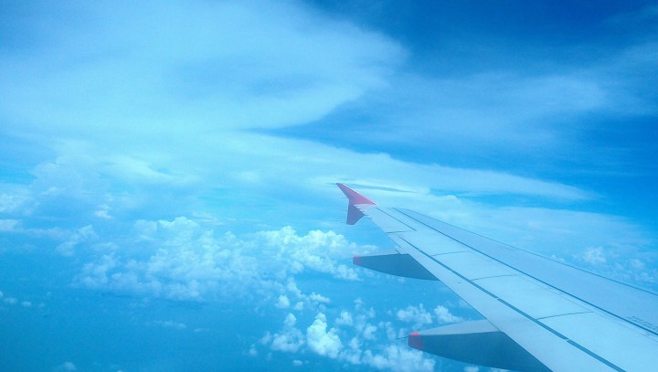 How to choose the greenest flight salt with your coffee contrails dont form all the time only in certain atmospheric conditions they form in moist air at low temperatures and are much more likely to thecheapjerseys Choice Image