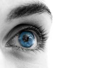 Modificar el color de los ojos