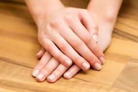 Cómo evitar que se Quiebren las Uñas