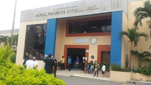 Anciano padecía COVID-19 muere al lanzarse segundo nivel hospital Estrella Ureña de Santiago