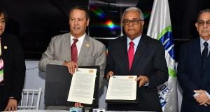 Salud Pública y Sociedad de Pediatría firman convenio de colaboración