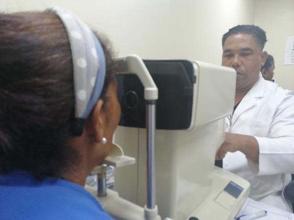 El Moscoso Puello continúa operativo de prevención de ceguera