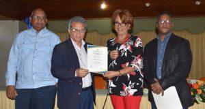 Comisión Electoral CMD proclama como nuevo presidente a Waldo Ariel Suero