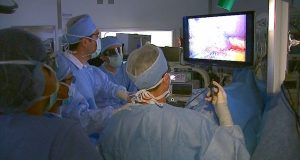 Cleveland Clinic realiza su primera cirugía de donante vivo puramente laparoscópica para trasplante de hígado