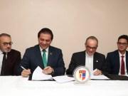 La Pucamaima y Unión Médica firman importante convenio de colaboración para la investigación