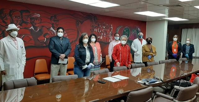 Conape y CMD acuerdan ejecutar reajuste salarial para los médicos que laboran en esa entidad estatal