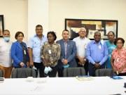 Dirección del Ney Arias Lora se reúne con comunitarios