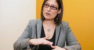 Irma Egoavil asume la presidencia de la AMIIF