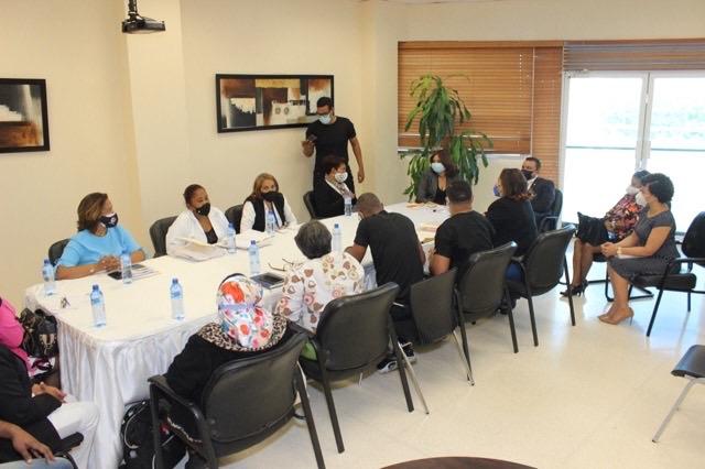 Dirección del Ney Arias Lora llega a acuerdo com auxiliares de enfermería