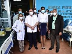 SNS entrega más de RD$40 millones en equipos a hospitales del Este y Santiago