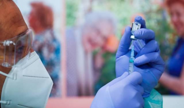 Brasil autoriza los ensayos clínicos de una posible vacuna anticovid canadiense