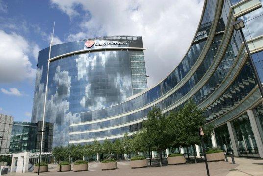 GSK apoya a Amgen y defiende sus patentes de PCK9