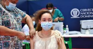 Salud reporta ligera baja en hospitalizaciones; 1,216 casos de Covid y nueve defunciones a causa de la enfermedad
