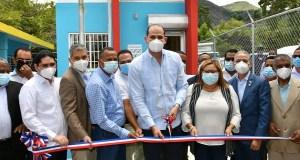Promese/Cal pone en funcionamiento en Azua cuatro Farmacias del Pueblo