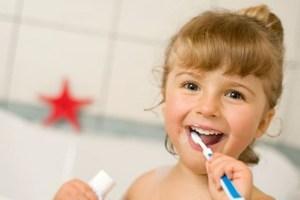 Cómo Inspirar a sus Hijos Hacia una Buena Higiene Dental