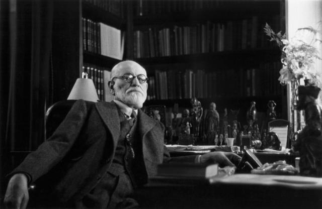 Dr. Von Reichmann looks a lot like him.