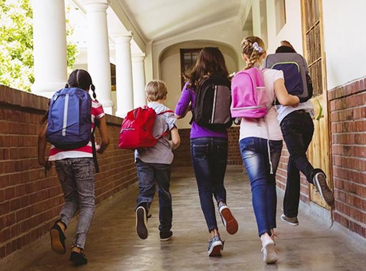Voucher scuola 2021-2022; ecco a chi spetta e come fare per presentare la domanda entro il 18 giugno