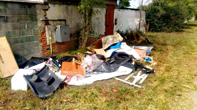 Ai cittadini costano 15 mila euro l'anno i rifiuti abbandonati sul territorio del Comune