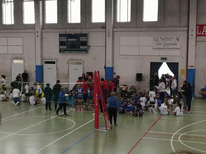 I giovani atleti del mini volley Pgs White Salussola in trasferta ad Occhieppo