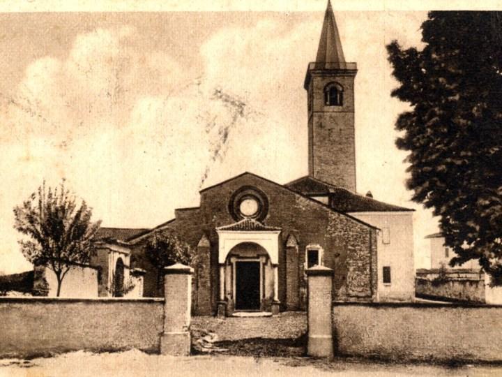 Vecchia Salussola: Chiesa di santa Maria Assunta; eretta nel XII secolo ed ampliata nei secoli XIV e XV