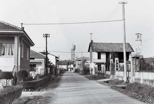Vecchia Salussola: Non c'era ancora l'asfalto in Via Dante a Vigellio