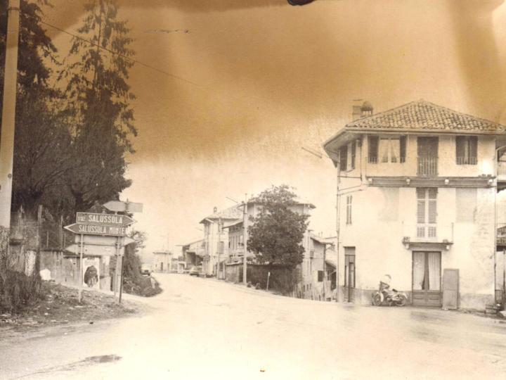 Vecchia Salussola: Anni del 1970, provinciale per Biella ed incrocio per il Monte