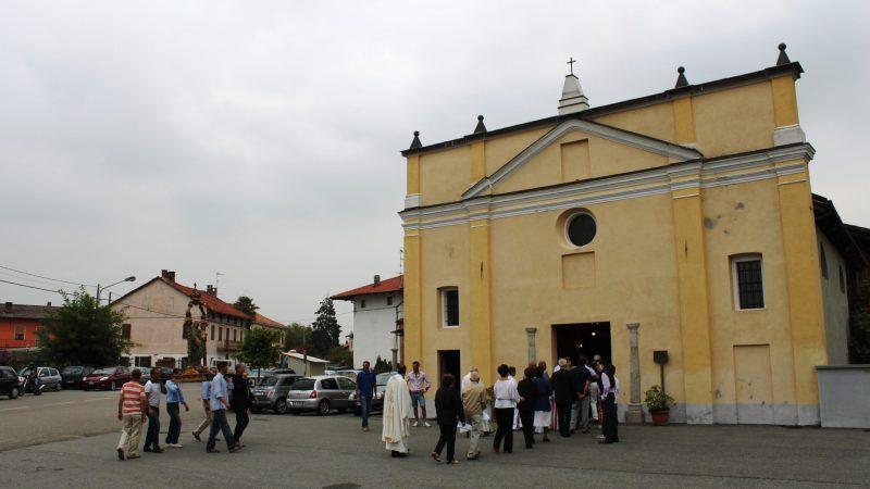 Nel giorno della nascita di Maria patrona di Arro, le foto della processione di dieci anni fa. FOTOGALLERIA