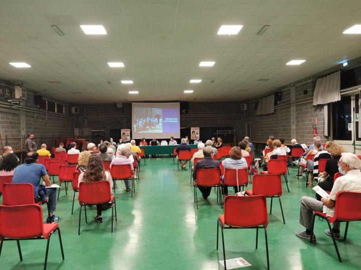 Salussola vota il sindaco: Il candidato Manuela Chioda ieri ha presentato il programma e i componenti della sua lista elettorale. FOTOGALLERIA