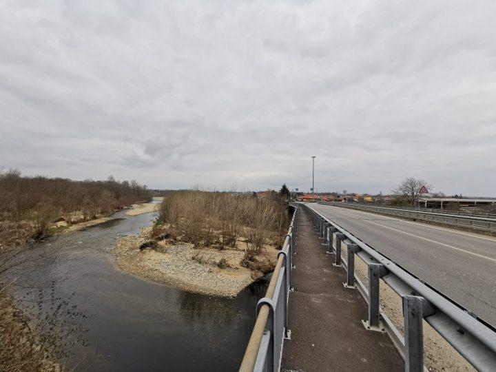 Da lunedì 9 novembre senso unico alternato sul ponte dell'Elvo per manutenzione alla struttura