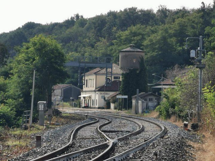 Ritardi fino a 30 minuti, ieri mattino, sulla linea ferroviaria tra Salussola e Biella