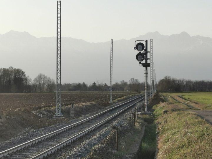 Incidente alla squadra posa cavi sulla linea ferroviaria Biella Santhià