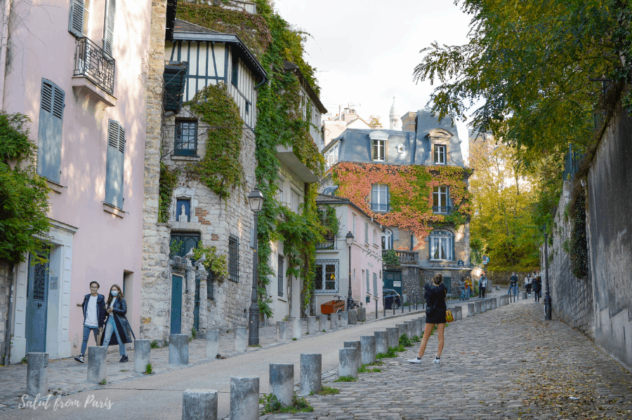Montmartre in the Fall - beautiful foilage