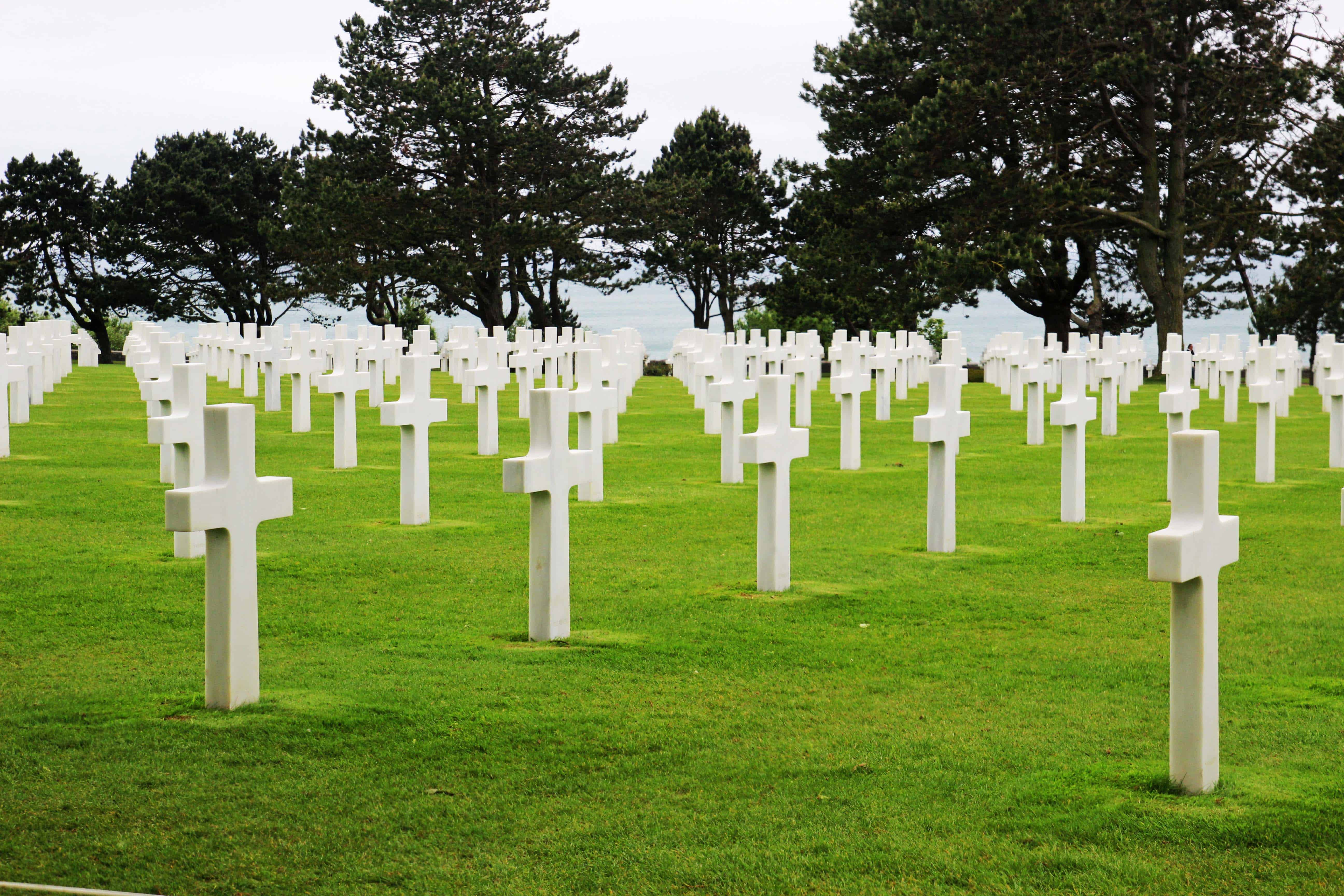 d day tour from Paris - see the landing beaches - Juno beach, Omaha beach - take a private normandy tours from Paris
