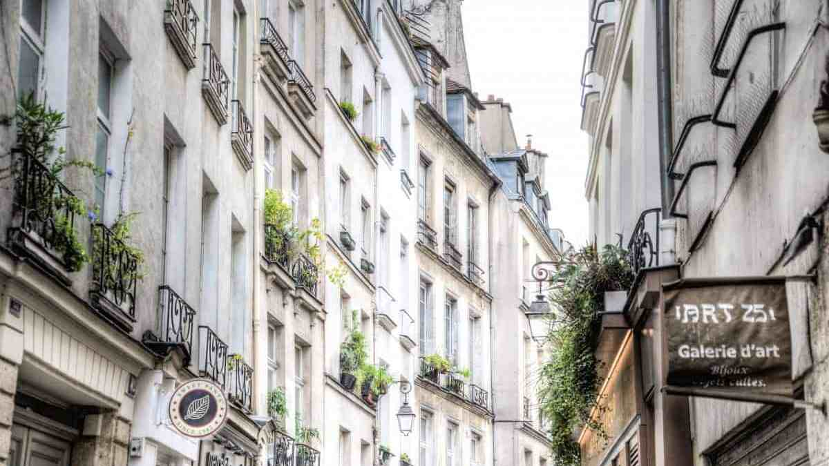 Revealed: The best neighborhood to stay in Paris!
