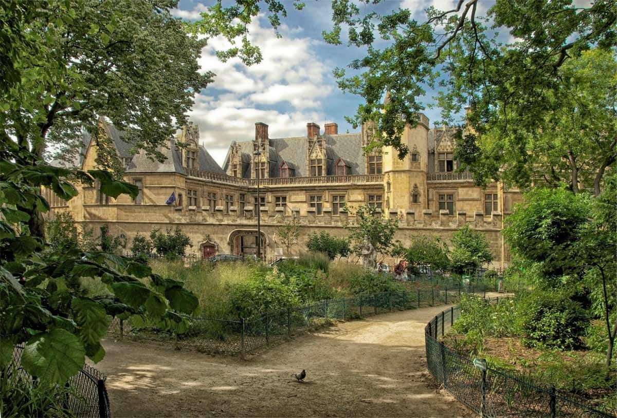 Things to do in Paris for free - The Cluny Museum