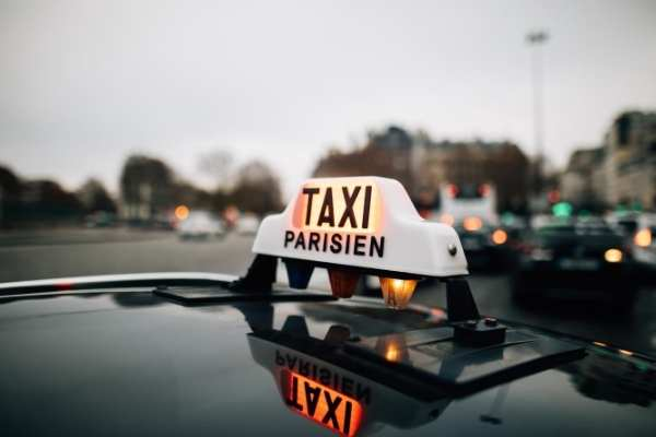 Fake Taxis in Paris - Taxi scam in Paris