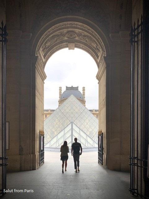 Tourist traps in Paris