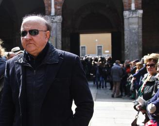 Massimo Boldi al funerale di Jannacci