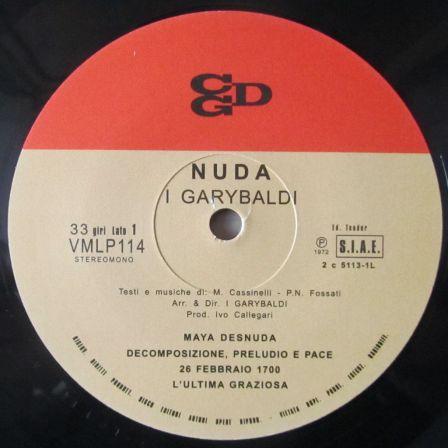 nuda_a_side